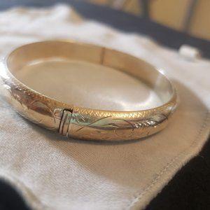 Vintage Jewelry - Sterling Bangle Bracelet Silver Engraved